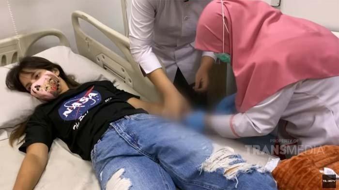 Begini Kondisi Terkini Nia Ramadhani Usai Jalani Operasi Mengerikan di Rumah Sakit, Sudah Sembuh?