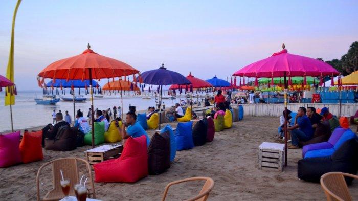 Video: Pantai Warna-warni Oesapa Kupang Saat Senja, Panoramanya Asyik!