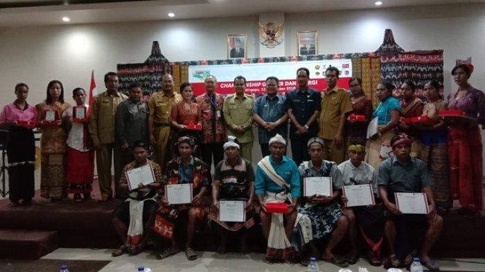 para-agen-pemenang-saat-foto-bersama-pejabat-pemda-dari-empat-kabupaten-di-sumba.jpg