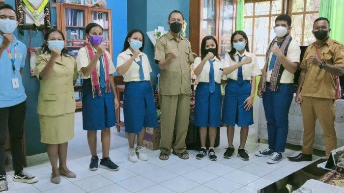Siswa SMAK Giovanni Kupang Sabet Juara I dan II Marketing Lokalate Competition 2021