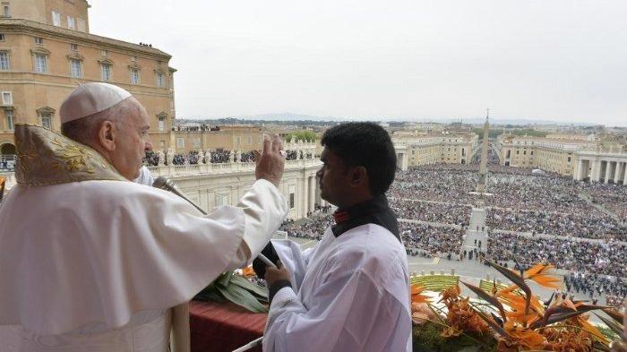 Paus Fransiskus Sesalkan Serangan Minggu Paskah di Sri Lanka, 207 Orang Tewas