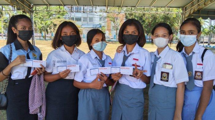 Dinas P dan K NTT Gencar Vaksinasi Pelajar, Kadis Linus: Senin Depan KBM Tatap Muka di Kota Kupang