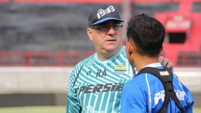 Pelatih Persib Bandung Yakin Pemain Maung Bandung Tampil di Piala Dunia U-20 Tahun 2023
