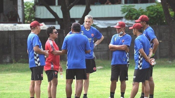 Ini Yang  Dilakukan Pelatih PSM Makassar Milomir Seslija untuk Kembangkan Pemain Dibandingkan