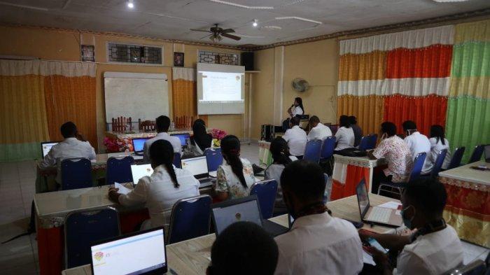 Guru SMA-SMK di Malaka Dapat Pelatihan Aplikasi PPK Online
