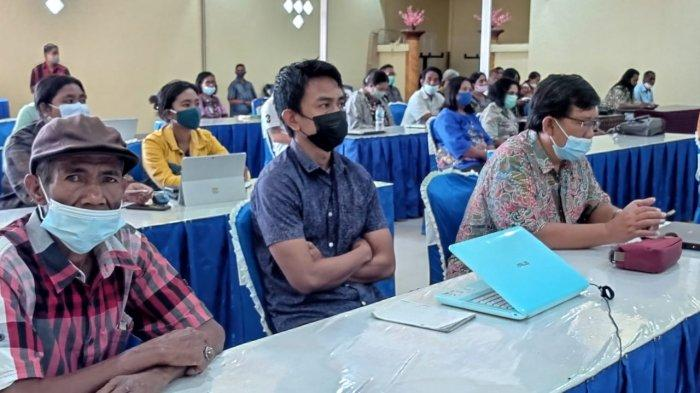 330 Warga Sikka Ikut Pelatihan Bimtek Kemudahan Usaha Dilaksanakan Dinas Penanaman Modal dan PTSP