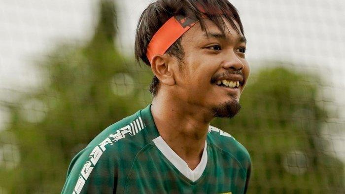 Gelandang Persebaya Latih Bersama Teman di Kampung Halamannya,Ini Kiat Mengisi Kekosongan Kompetisi