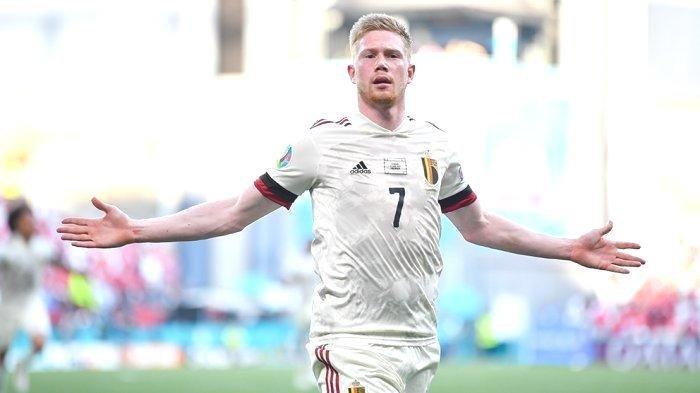Kevin De Bruyne merayakan golnya ke gawang Denmark dan membawa Belgia unggul 2-1 pada pertandingan penyisihan grup B Piala Eropa 2020. De Brune kembali jadi starter lawan Finlandia pagi ini