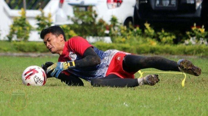 Kiper Tangguh Bhayangkara FC Indra Adi Nugraha Siap Terbang di Laga Penentu Grup B vs Persija