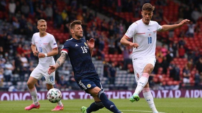 Ceko Pimpin Klasemen Grup D Belum Lolos 16 Besar Pasca Main Imbang Kroasia 1-1, Inggris Membuntuti