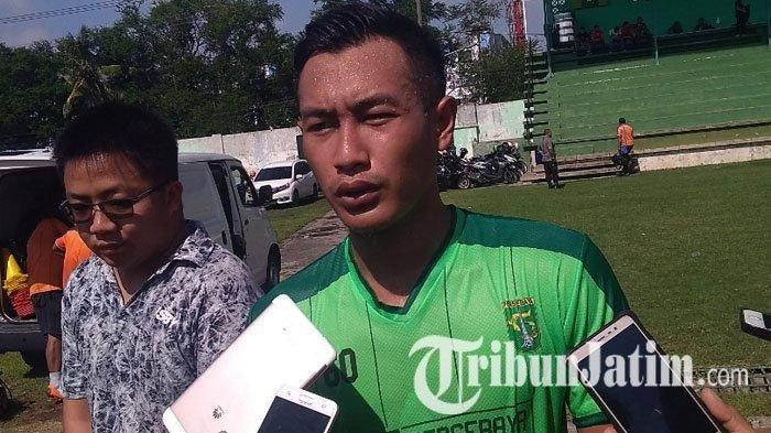 Pemain Persebaya Surabaya, Hansamu Yama usai latihan di Stadion Jenggolo Sidoarjo, Jumat (18/1/2019).