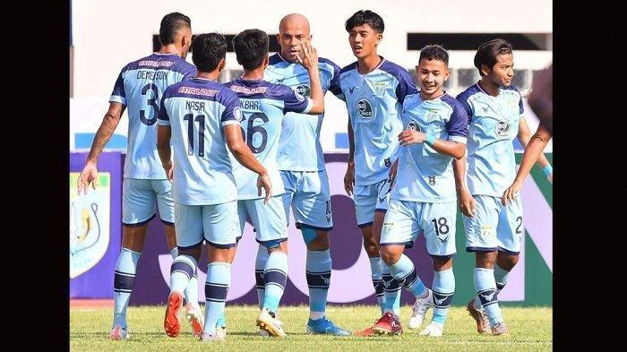 Tampil 10 Pemain Persela Lamongan Redam Mutiara Hitam Persipura Jayapura 1-0,  Jalan Pertandingan