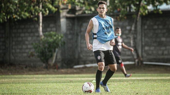 Info Sport : Bali United FC Meminjamkan Pemain Anyar Arapenta Poerba ke Persis Solo, Liga 2 2021