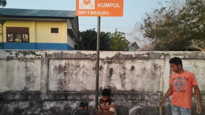BPBD Sumba Timur Pasang Rambu Evakuasi dan Peringatan Bencana