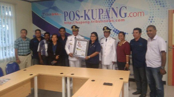 Berkunjung ke Pos Kupang, Roby Idong Sebut Media Jembatan yang Handal