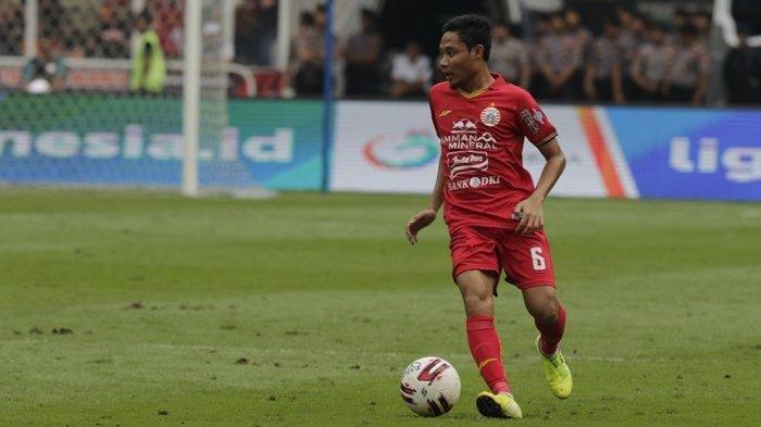 Penampilan perdananya di tim Persija, Evan Dimas mencetak gol ke gawang Barito Putera