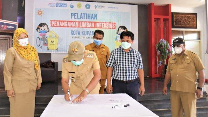Plan Indonesia Kerjasama Pemkot Gelar Pelatihan Tangani Sampah Infeksius di Kota Kupang