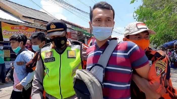 Aksi Tangkap Warga Saat Kunjungan Presiden Jokowi Kembali Terjadi di Cilacap