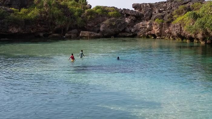 Hari Ini Sepuluh Lokasi Wisata Favorit Terkenal di Pulau Sumba Cuacanya Cerah