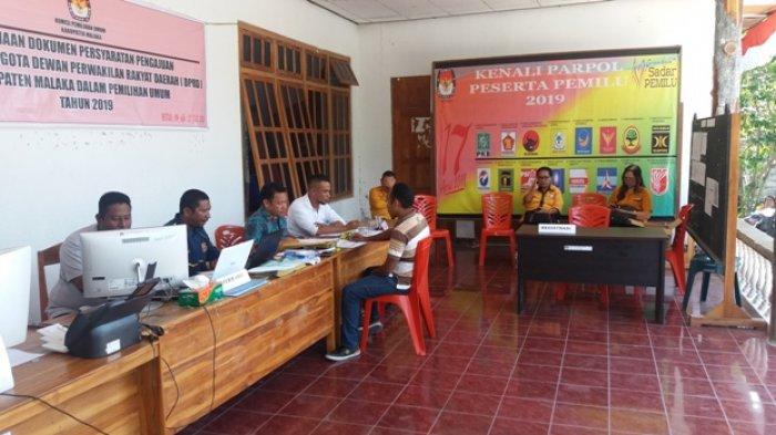 Hanura Malaka Daftarkan Calon DPRD di KPU