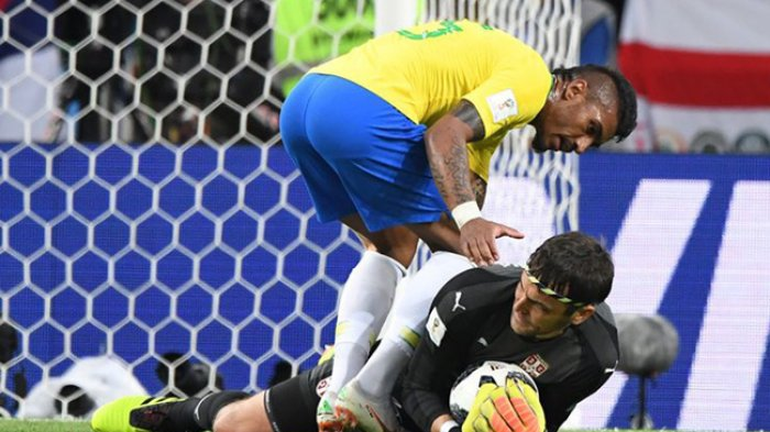 Brasil Tersisih dari Piala Dunia, Paulinho Mengaku Sulit Terima Kenyataan