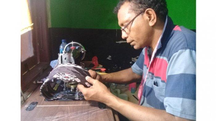 Penjahit Masker Kain Pertama di Kota Kupang Sudah Jahit Lebih dari 5000 Masker