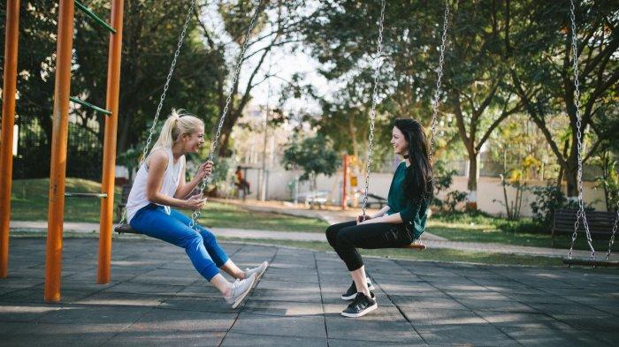 Teenager : Daripada Stress Jalani Hubungan Rumit  Lebih Nikmat Bergembira Bersama Sahabat