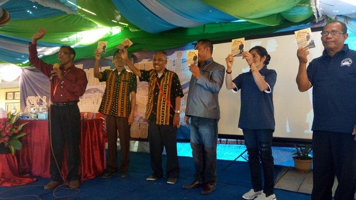 Luar Biasa! Alumni SPG Boawae Launching Buku Antalogi Puisi Saat Temu Alumni