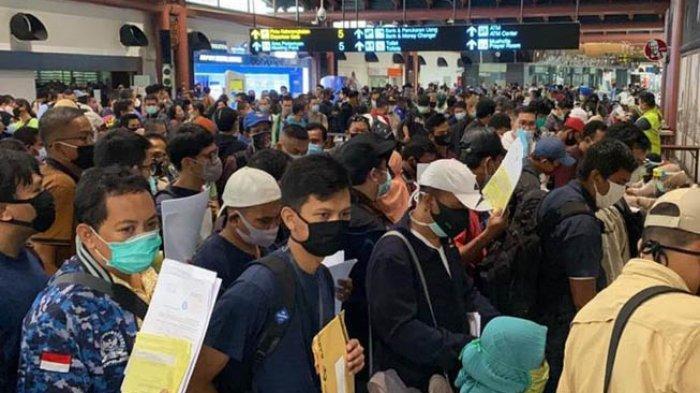 Penumpukan Penumpang di Bandara Soetta, Ombudsman Sebut Berpotensi Jadi Penyebaran Covid-19