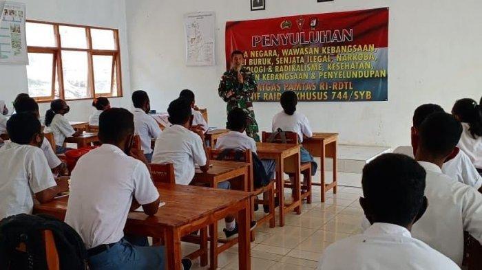 TNI Bangkitkan Semangat Nasionalisme Bagi Pelajar di Perbatasan