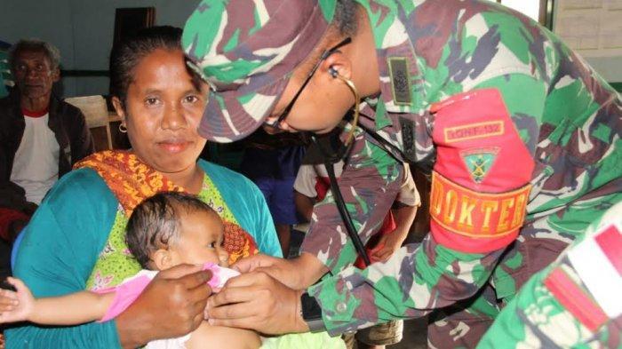 Satgas Pamtas RI-RDTL Yonif 132/BS Berikan Pelayanan Kesehatan Gratis kepada Masyarakat