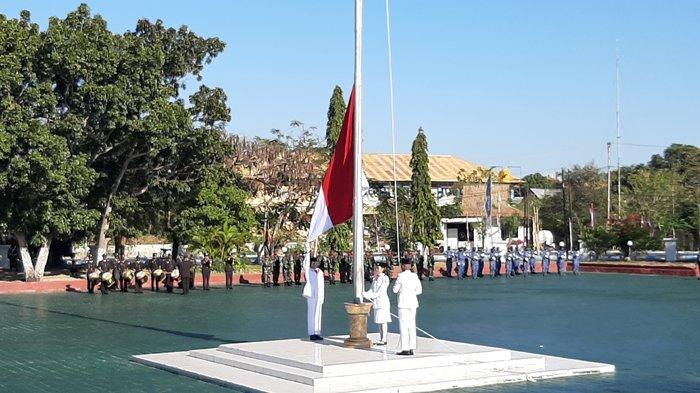 Tahun Ini Pasukan 17 8 45 Ditiadakan, Maro'o Tetap Senang Bisa Kibarkan Bendera di Balai Kota