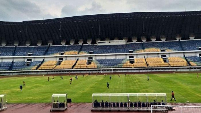 Peringatan Keras Pelatih Maung bagi Pemain Persib Bandung Saat Situasi Libur AKibat Corona, Info