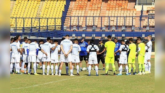 Mengapa Persib Bandung Lawan Semen Padang di Kandang Hanya Raih 1-1, Ini Kata Pelatih Robert