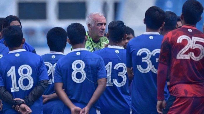 Hengkang dari Persib Bandung, Tiga Mantan Maung Bandung Ini Bakal ke Arema FC, Reunian Singo Edan?
