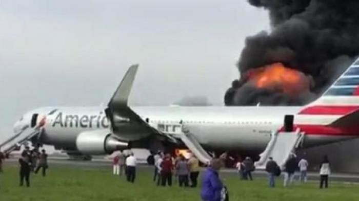 20 Orang Terluka, Saat American Airlines Terbakar Jelang Lepas Landas