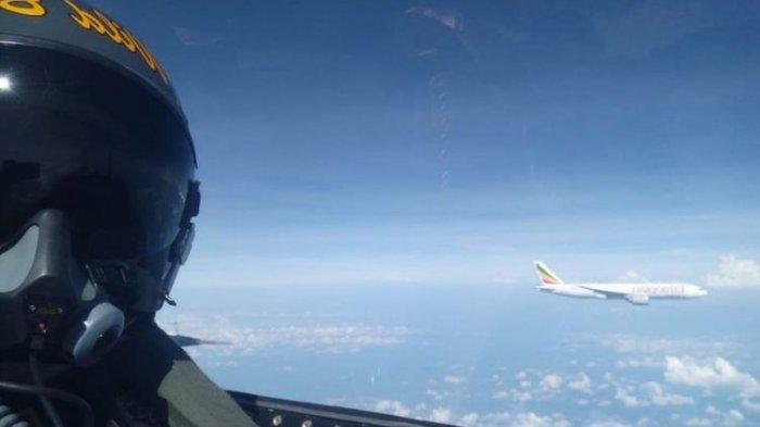 Kronologi Lengkap Pesawat Asing Dipaksa Turun TNI AU Dalam 20 Menit