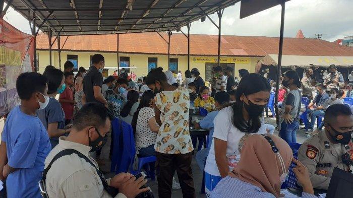 1284 Anak Dan Remaja Ikut Vaksin Dosis II di Polres Sumba Barat
