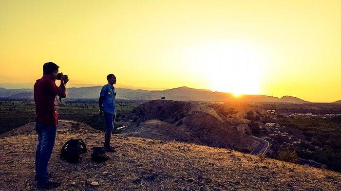TRIBUNWIKKI : Melihat Pesona yang Tersembunyi di Bukit Puta Marapokot Mbay Nagekeo