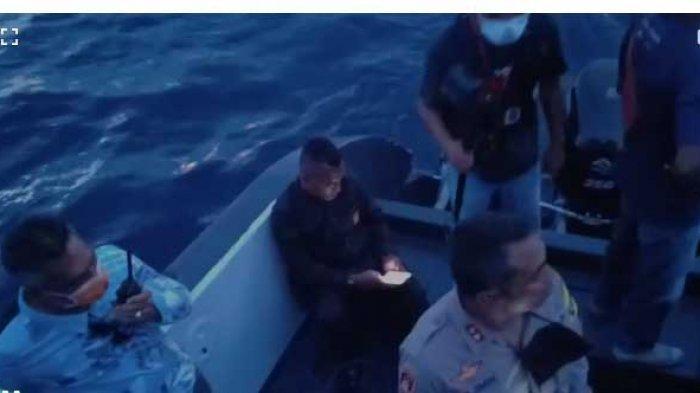 UPDATE CORONA SIKKA :  Diduga Stres Tiga Penumpang  KM Lambelu Cebur Diri  ke Laut