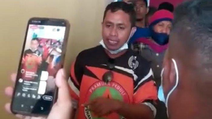 Korban Bencana Gelar Aksi Protes di Kantor Camat Adonara Flores Timur