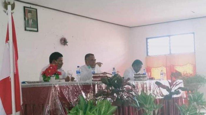 Saat Kunjungan Kerja di Kecamatan Loli, Pjs. Bupati Pakereng Ingatkan ASN Harus Netral di Pilkada