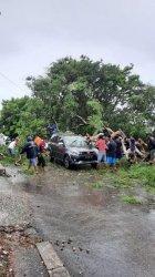 Badai Siklon Tropis Landa NTT, Dishub Minta Operator Transportasi Darat Laut Udara Waspada