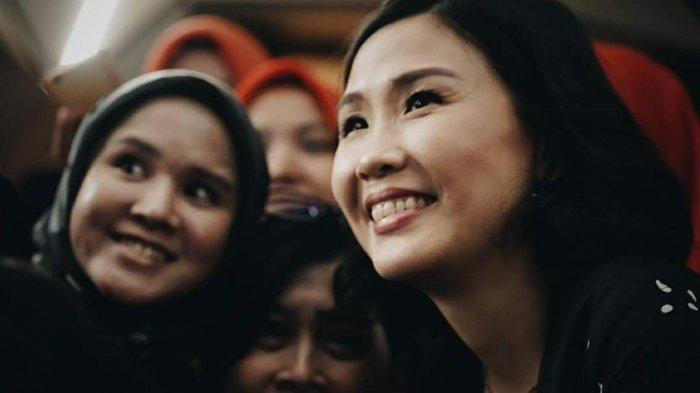 Heboh! Veronica Tan Kepergok Nonton Bareng Pria Ini Bukan Julian Tio, Fifi Lety Ogah Sibuk Ahok BTP?