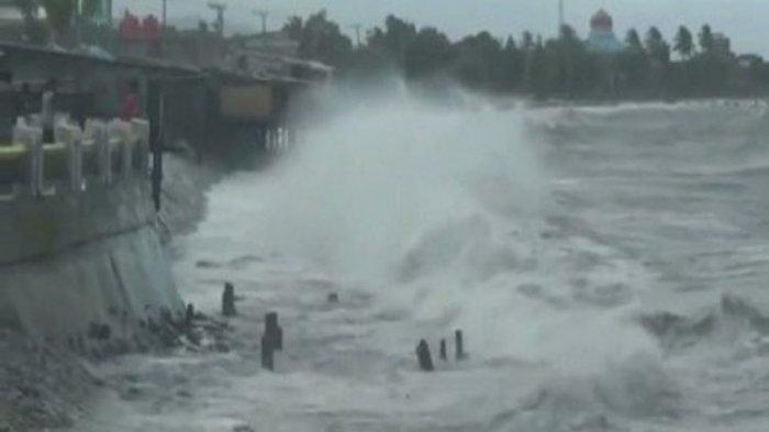 BREAKING NEWS : Cuaca Buruk Empat Pelayaran di NTT Ditutup, Simak Penjelasan dan Saran BMKG