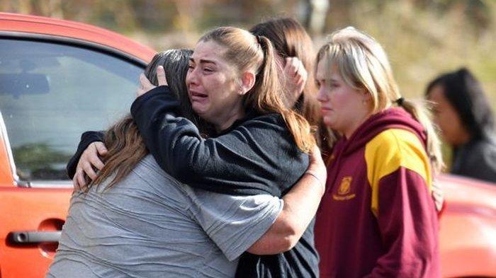 TRAGIS, Dua Bocah Perempuan Kembar Tewas Terpanggang, Saat Ditemukan Sedang Berpegangan Tangan