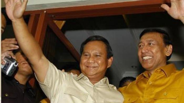 Prabowo Subianto Ketua Umum Partai Gerindra dan Wiranto Ketua Umum Partai Hanura