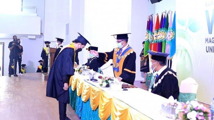 Undana Kupang Lepas 869 Wisudawan, Rektor Fred Benu Singgung Tantangan Perubahan Iklim