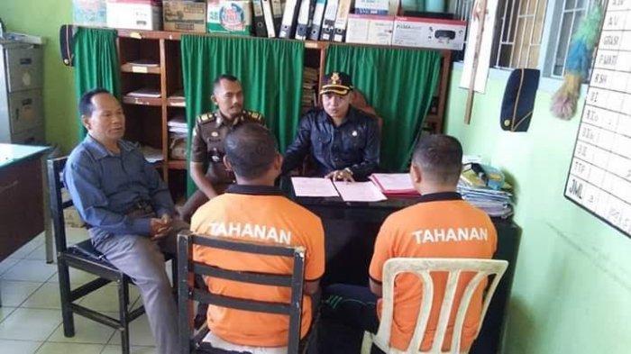 BREAKING NEWS:Dua Tersangka Korupsi Dana Desa di Manggarai Diserahkan ke JPU Untuk Proses Sidang
