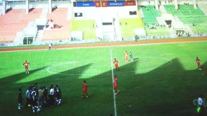 Warga Nonton Bentrok PSMS Medan vs Persiraja Banda Aceh Lewat Video Dipungut Rp 10 Ribu, Ini Serunya